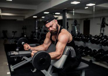 Jak zbudować duże bicepsy?