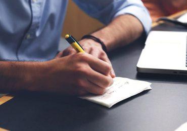 Jak urządzić funkcjonalne i komfortowe biuro?