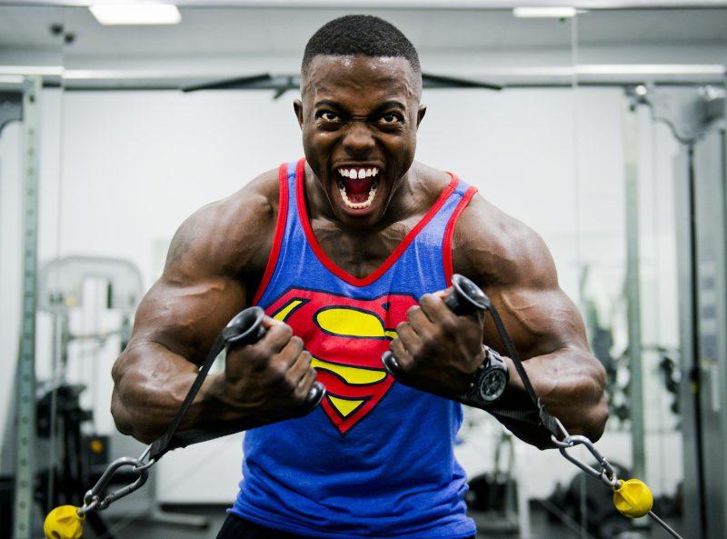 Jakie najpopularniejsze mity można usłyszeć na siłowni?
