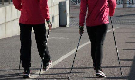 nordic walking jak wpływa na zdrowie