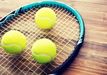 Wiosna 2018 – dobra okazja do zakupu nowej rakiety tenisowej