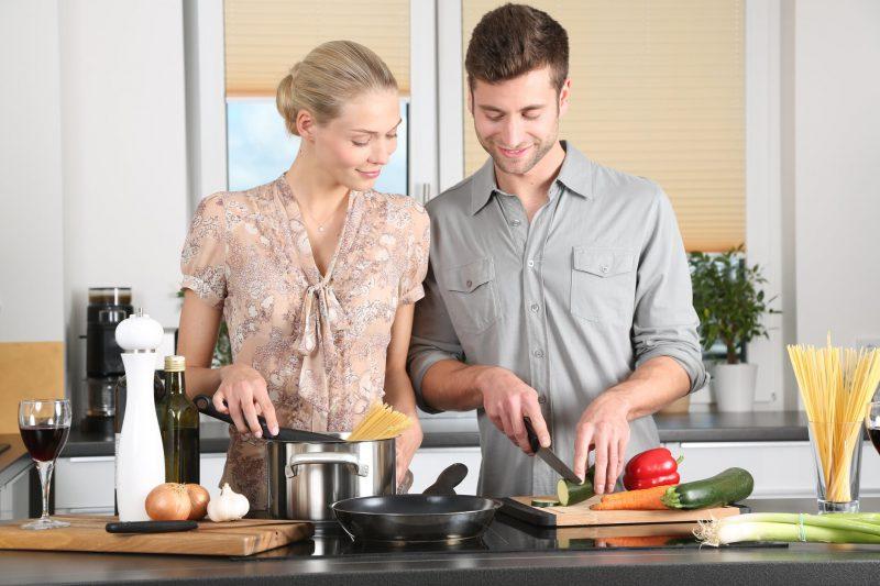 Nowoczesne i praktyczne akcesoria kuchenne, które ułatwią gotowanie