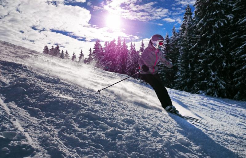 Jak jeździć na nartach po muldach?