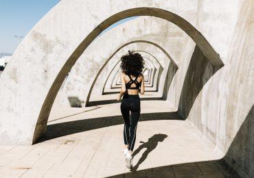 Termoaktywne legginsy do biegania
