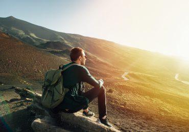 Co zabrać na wycieczkę w góry? Niezbędne akcesoria na wyprawę