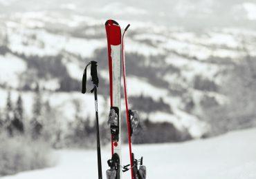 Jak zadbać o narty po sezonie?