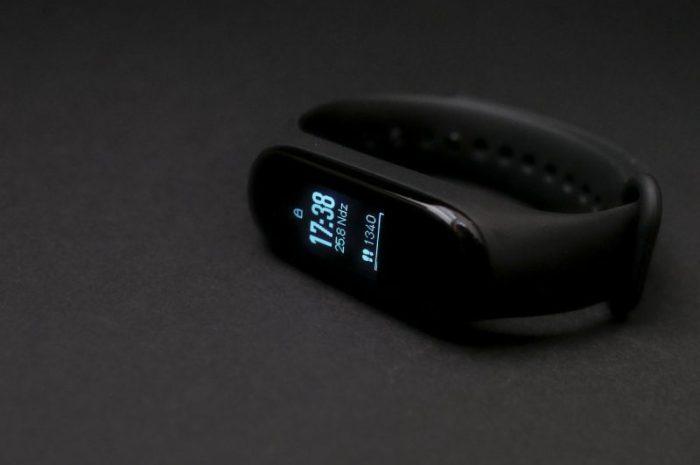 Smartband od Garmin – czy jest wart uwagi?