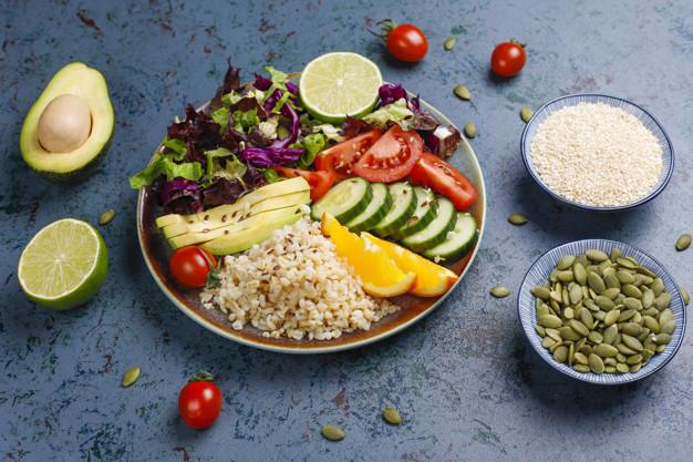 zdrowe jedzenie na talerzu