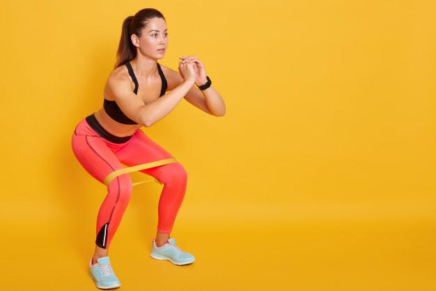 Ćwiczenia na bryczesy – 10 najlepszych i skutecznych ćwiczeń