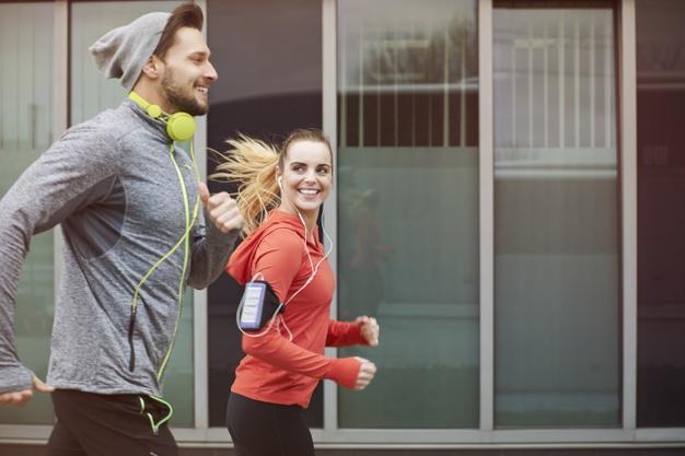 Jak dobrze oddychać podczas biegania? Zasady oddychania w trakcie biegania