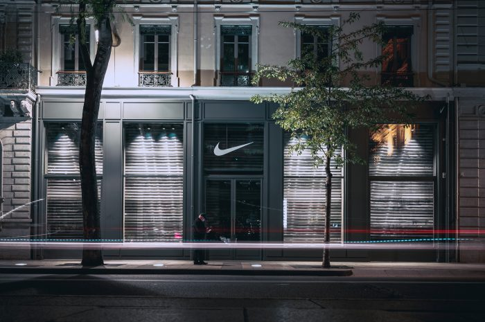 Nowa kolekcja bluz od Nike, na co postawił amerykański gigant jesienią