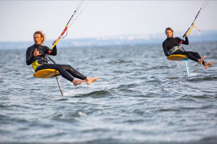 Odkryj Kitesurfing i daj się porwać falom